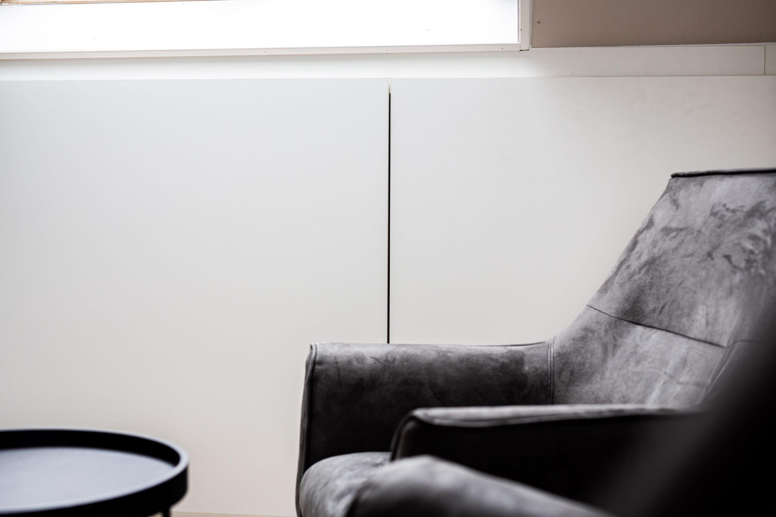 Sens Interieurs - thuiswerkplek op zolder - galerij2