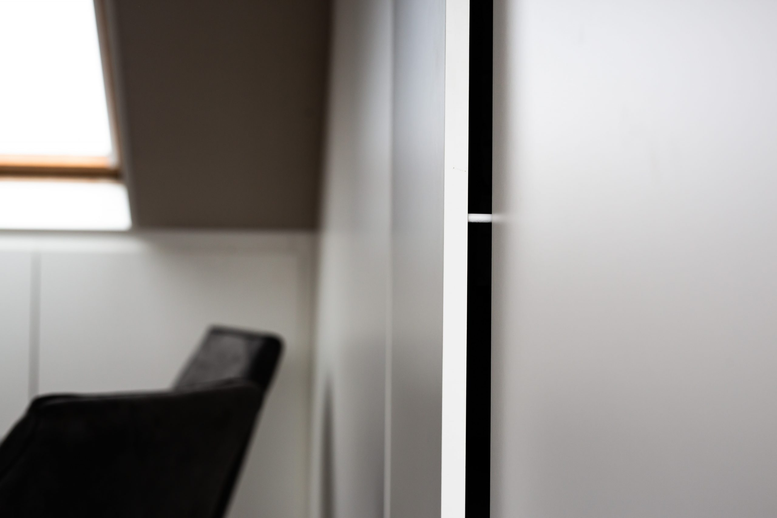Sens Interieurs - thuiswerkplek op zolder - galerij7